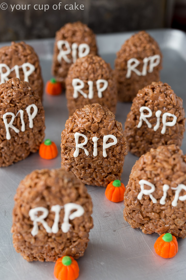 LOVE these Nutella Tombstone Rice Krispie Treats