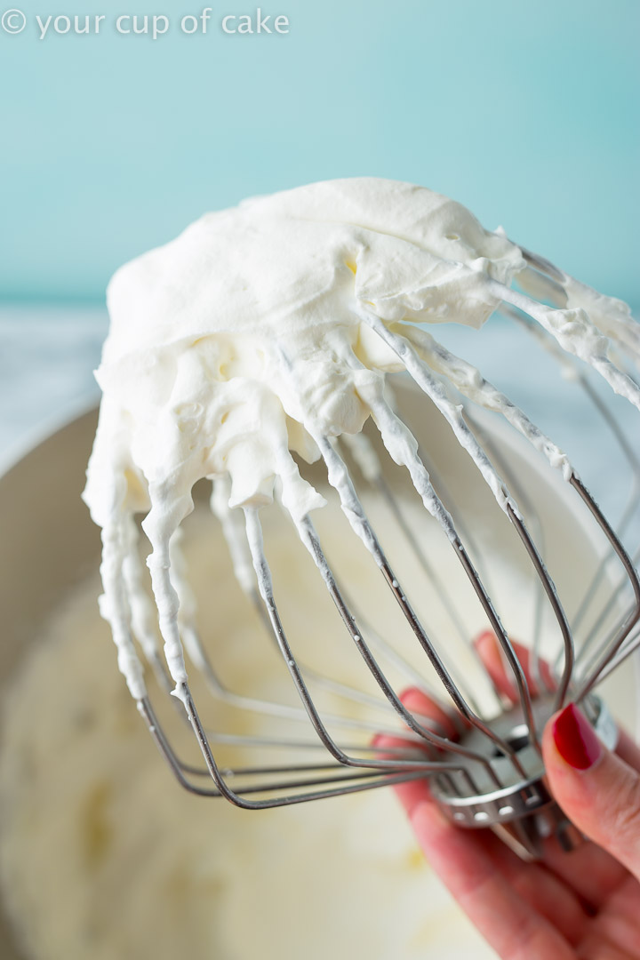 How To Keep Whipped Cream From Melting My 99 Trick To Stabilize It Your Cup Of Cake