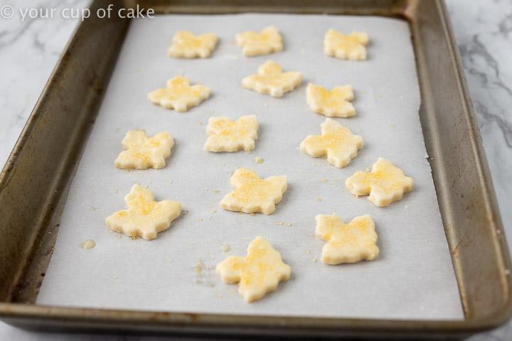 Mini leafs for pie crust
