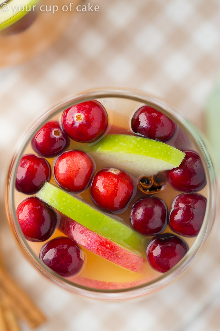 Sparkling Caramel Apple Cider for fall parties