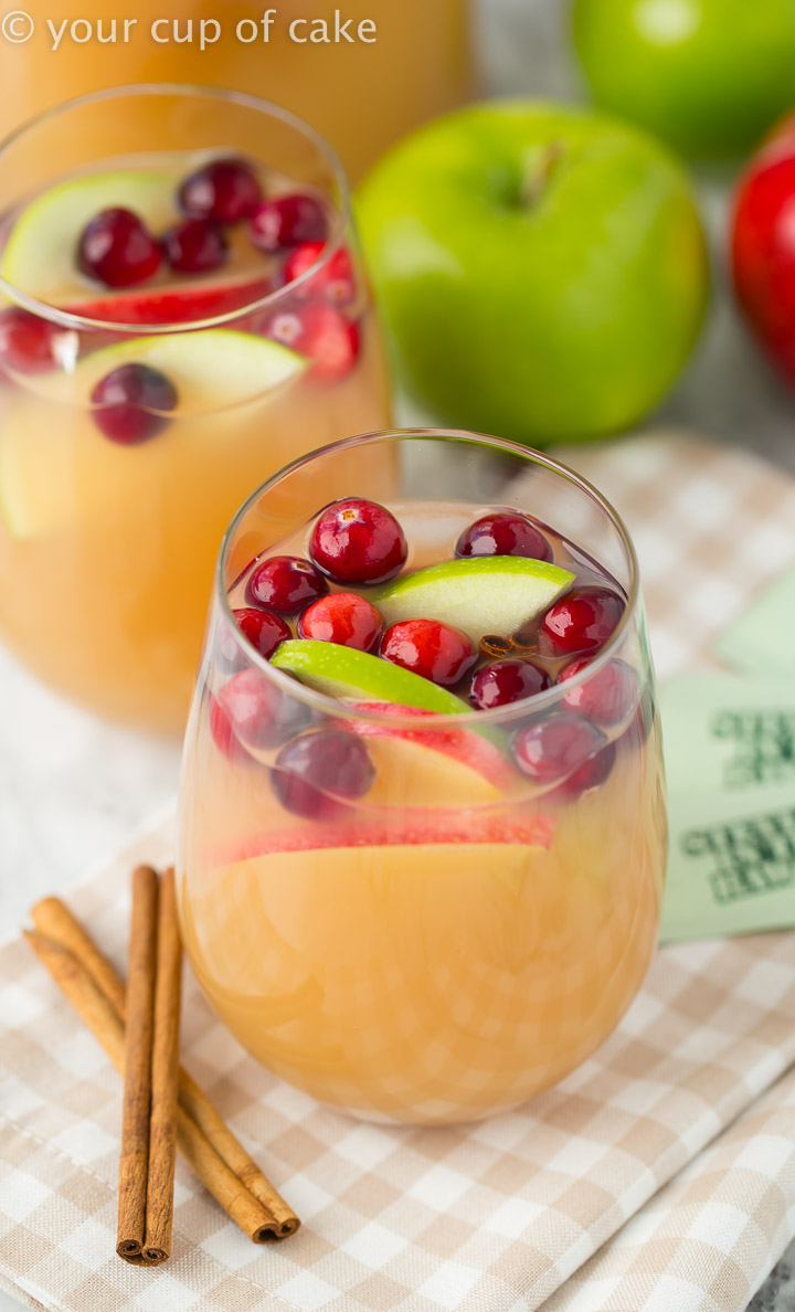 Non Alcoholic Thanksgiving Drinks Sparkling Caramel Apple Cider