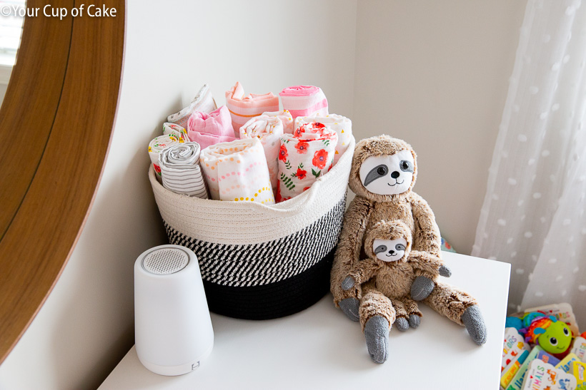 How to Decorate a Nursery on a Budget but still make it really cute!