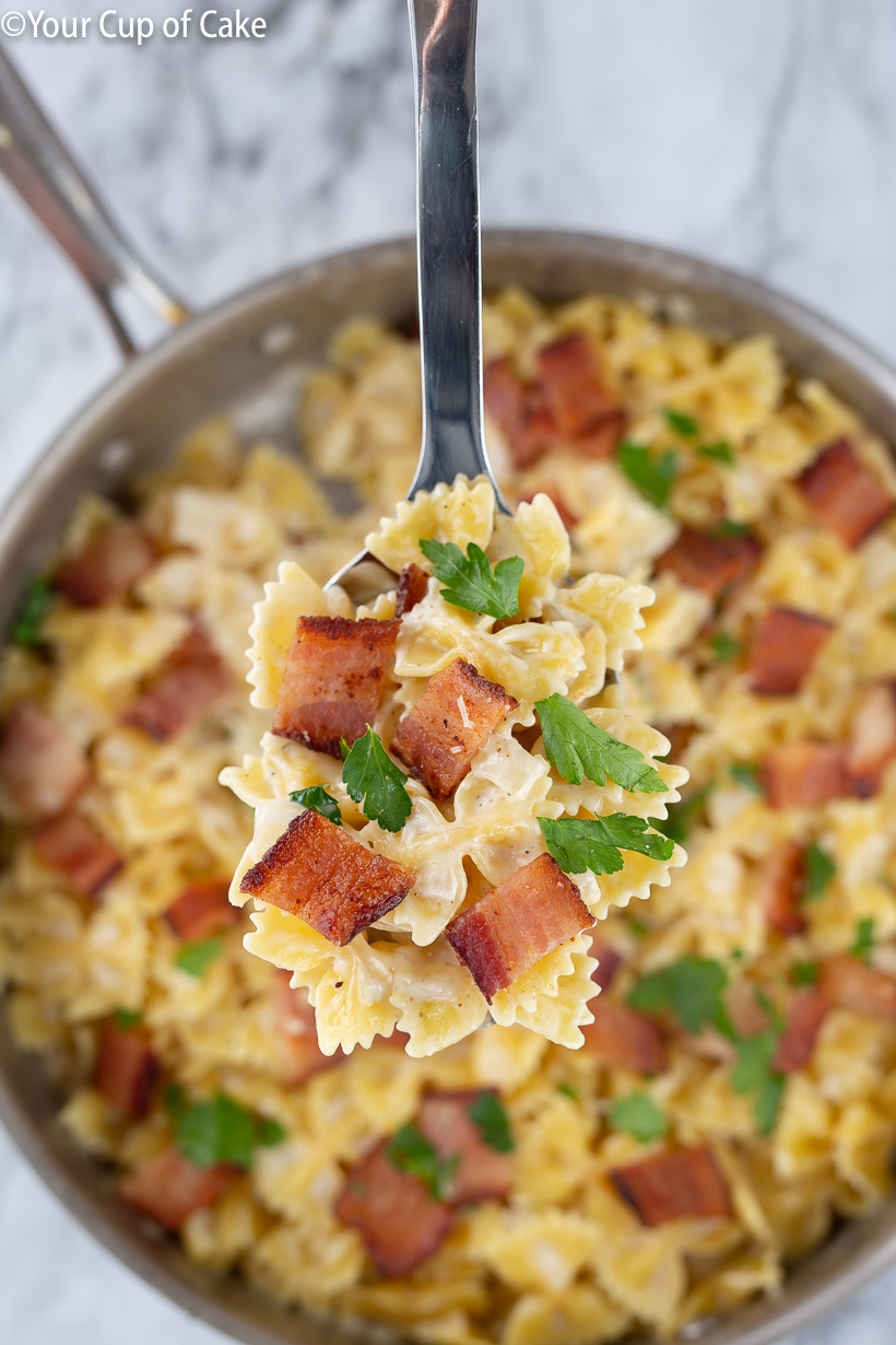 Best pasta! Easy One Pot Bacon Alfredo Pasta