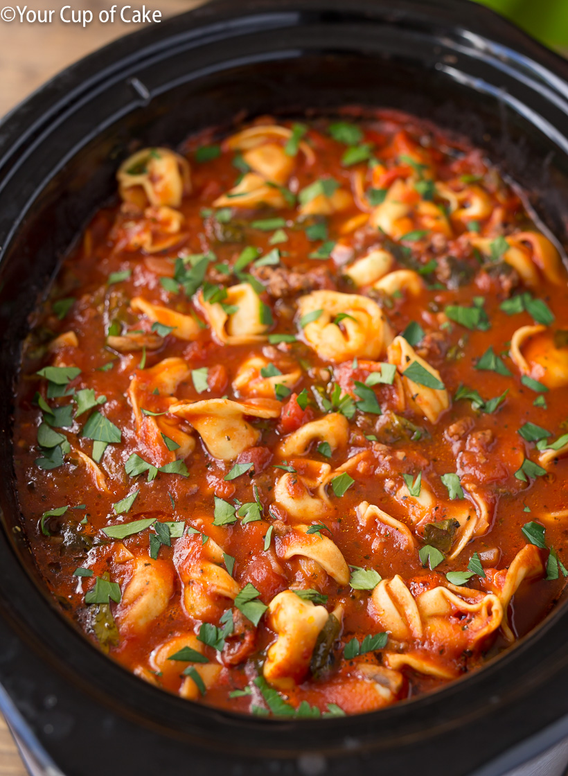 LOVE this Slow Cooker Lasagna Tortellini Soup