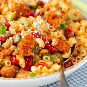 New favorite dinner recipe!! Easy Buffalo Chicken Pasta Salad