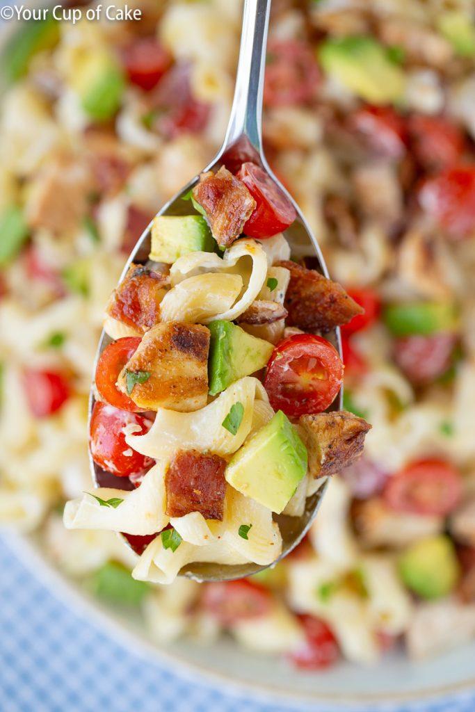 FAVORITE potluck pasta salad recipe! Chicken Bacon Ranch Pasta Salad