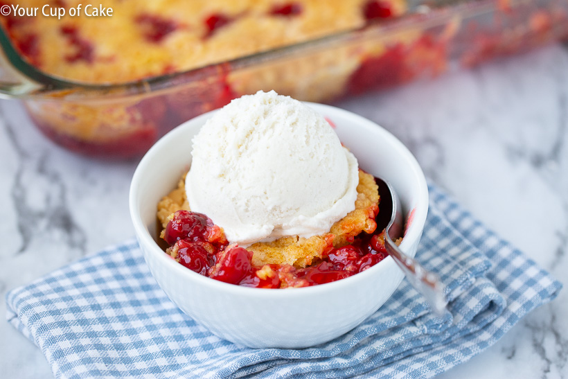 Love this cake mix recipe for Easy Cherry Dump Cake