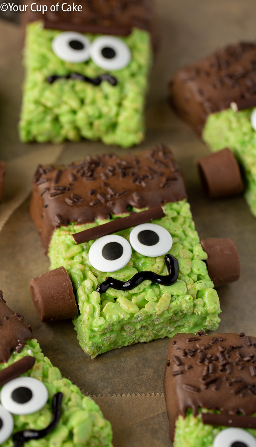 Super easy Halloween dessert idea! Frankenstein Rice Krispies